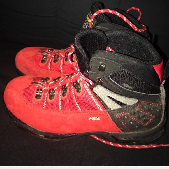 red asolo boots